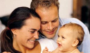 Aprueban proyecto que propone aumentar de 4 a 10 días licencia por paternidad