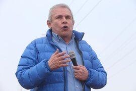 Alcalde Castañeda inspecciona obras y no asiste al Congreso