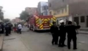 SMP: explosión en taller pirotécnico afectó viviendas y colegio de la zona
