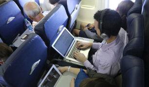 EEUU prohibiría laptops en los aviones ante amenaza terrorista