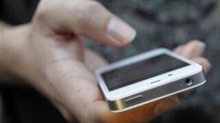 Arequipa: enamorado robó celular a su pareja para leer sus mensajes de texto