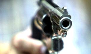 Trujillo: delincuentes asaltan bus y disparan a efectivo de la policía
