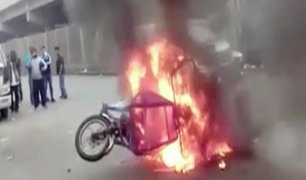 Avenida Aviación: comerciantes queman mototaxi donde escapaban delincuentes