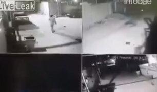 Irak: cámara se seguridad capta el momento exacto cuando un terrorista suicida se detona