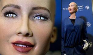 Suiza: robot con inteligencia artificial se presentó en conferencia de la ONU