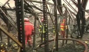 Callao: incendio de grandes proporciones afectó tres empresas