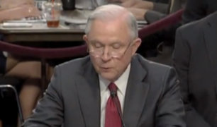 """EE.UU: Fiscal Jeff ofreció su testimonio ante el Senado por caso """"Rusia Gate"""""""