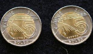 Sepa cómo reconocer las monedas falsas de cinco soles