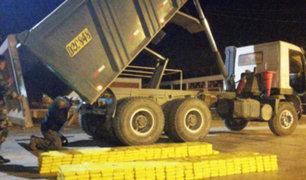 Matucana: PNP requisan 447 paquetes de cocaína en un camión carga