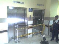 Arequipa: ascensor cae del segundo piso hasta el sótano y deja 5 heridos