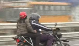 Motos siguen circulando en Vía de Evitamiento a pesar de restricción