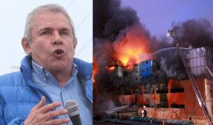 Alcalde Castañeda: Se encontrarán a responsables del incendio en Las Malvinas