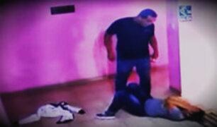 Expolicia que golpeó a su pareja en hostal tiene antecedentes por agresión