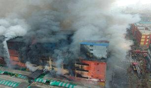 Incendio en Las Malvinas: gases tóxicos contaminan el aire en zona del siniestro
