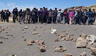 Quellaveco: Carretera Binacional continúa bloqueada por manifestaciones contra minera
