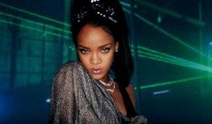 Captan a Rihanna besándose con multimillonario saudí en Ibiza
