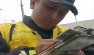 Policía deja ir a conductor informal intervenido por fiscalizadores