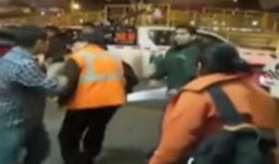 Trabajador de Soyuz discute y pelea con pasajero en terminal