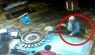 Chile: sujeto mata a dos personas tras perder gran suma de dinero