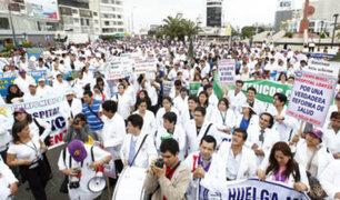 Médicos de EsSalud inician paro nacional de 48 horas