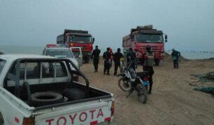 Intervienen a tres camiones por arrojar basura en playas del Callao