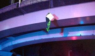 México: encuentran tres cuerpos colgados de un puente en Guadalajara