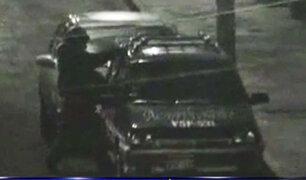 Arequipa: cámaras captan intento de robo a vehículo