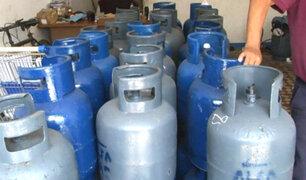 Vehículos que transportan balones de gas no cuentan con medidas de seguridad