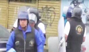Fiscalizadores de MML agreden a niño que vendía pan en la calle