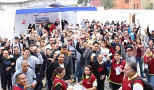 Venezolanos en Lima acuden a las urnas en su embajada por Plebiscito