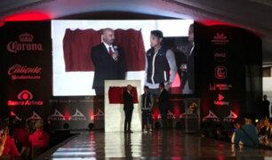 Siguen los premios: Raúl Ruidíaz recibió homenaje en México