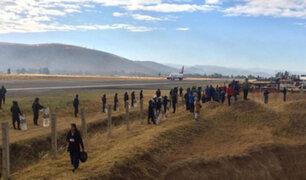 Detienen a maestros en huelga que intentaron tomar aeropuerto de Jauja