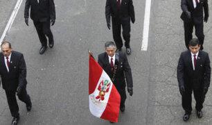 General Marco Miyashiro y policías del GEIN desfilaron en Parada Militar