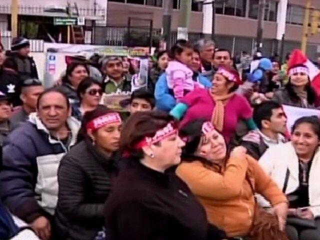 Peruanos llegan desde provincia para ver el Desfile Militar