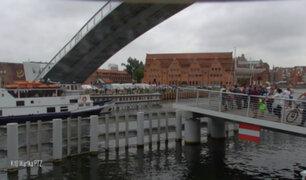 [VIDEO] Puente  levadizo casi aplasta a un barco