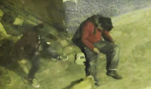 Pasco: cámara capta a ladrón golpeando a hombre ebrio