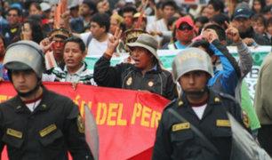 Reacciones tras gestión del Gobierno en la huelga de maestros