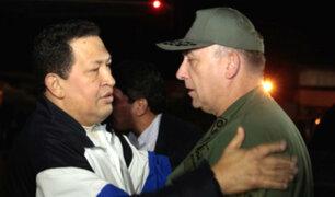 Venezolanos en Lima respaldan expulsión de embajador de su país