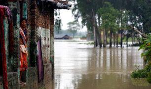Torrenciales lluvias dejan decenas de muertos en India y Nepal