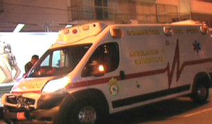 Ambulancia que trasladaba a enfermo se estrelló contra auto en San Borja