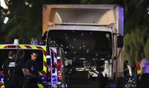 Terroristas utilizan vehículos para atropellar masivos en Europa