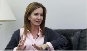 Ministra Martens y maestros en huelga culminaron segunda jornada de trabajo