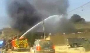 Huachipa: Incendio en fábrica movilizó a más de una decena de unidades de bomberos