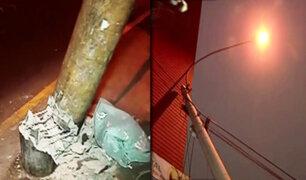 Breña: alarma por poste a punto de caer en av. Alfonso Ugarte