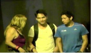 Cámaras de seguridad registran a travestis robando en el Centro de Lima