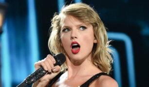 [VIDEO] Parodia: Taylor Swift canta junto a una cabra
