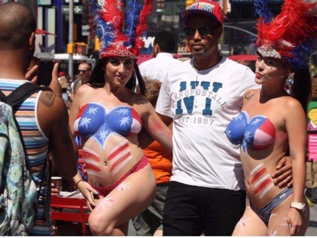 EE.UU: polémica por mujeres desnudas en 'Times Square'