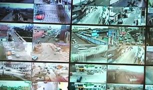 Cámaras de seguridad registran a adolescentes robando en Vía Evitamiento