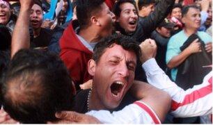 Celebraciones de los hinchas en la Calle de las Pizzas por triunfo de Perú
