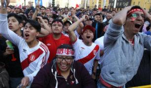 La Plaza de Armas vibró con los goles de Flores y Hurtado en el Atahualpa de Quito